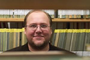 Der Autor Florian Freistetter in der Bibliothek